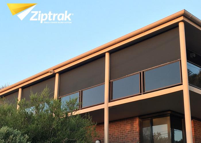 Ziptrak Outdoor Blind 24